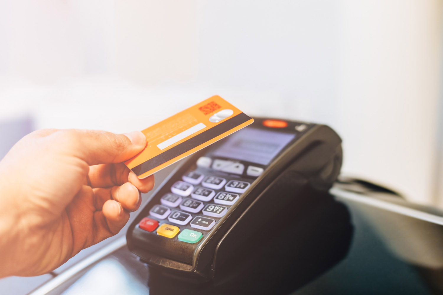 EMV Transaction Flow. Part 4: PDOL and Contactless Cards, Characteristic Features of qVSDC and qUICS